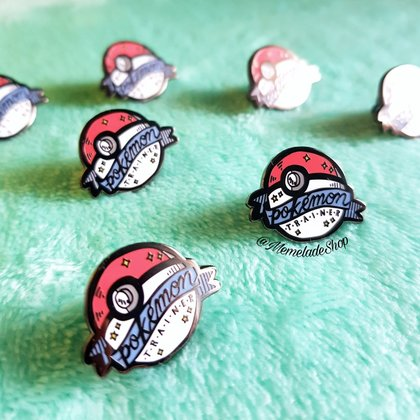 ¡GANA PINS DE POKEMON!